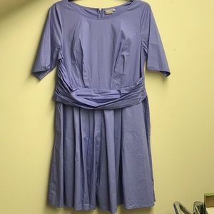 Lovely lavender dress w/ ruched waist & pockets